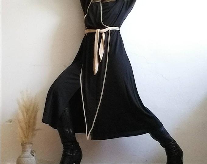Vintage 70s Dress with a unique Cut Split Design ~ Black and Neutral ~ Minimal Bohemian Chic