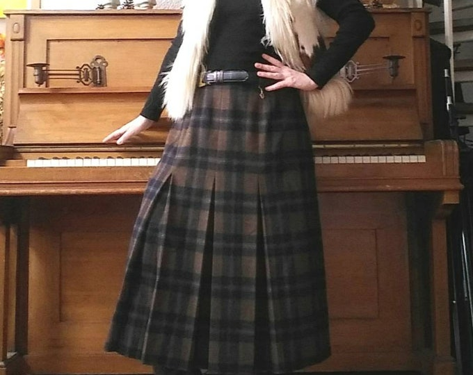 Vintage Scottish Skirt ~ Wool Pleated Skirt with Belt ~ Brown and Black Tartan