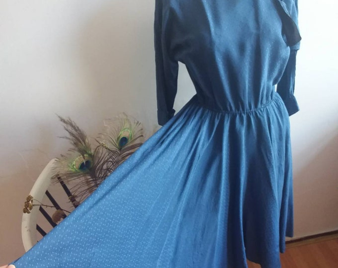 Vintage 70s does 50s Silky Dress ~ Tailored Chic