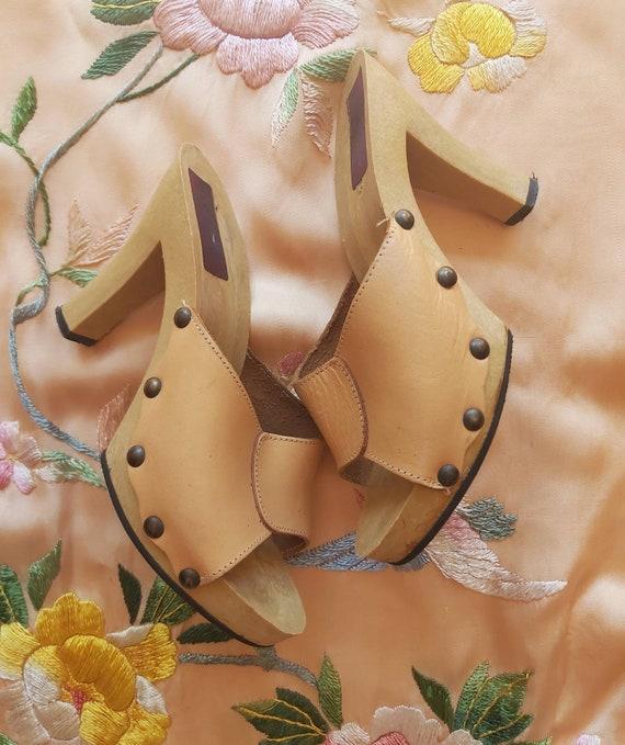 Vintage 70s Nude Pink Clogs