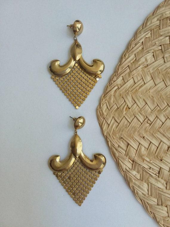 Vintage 70s Golden Earrings ~ Chandelier ~ Metal Knit