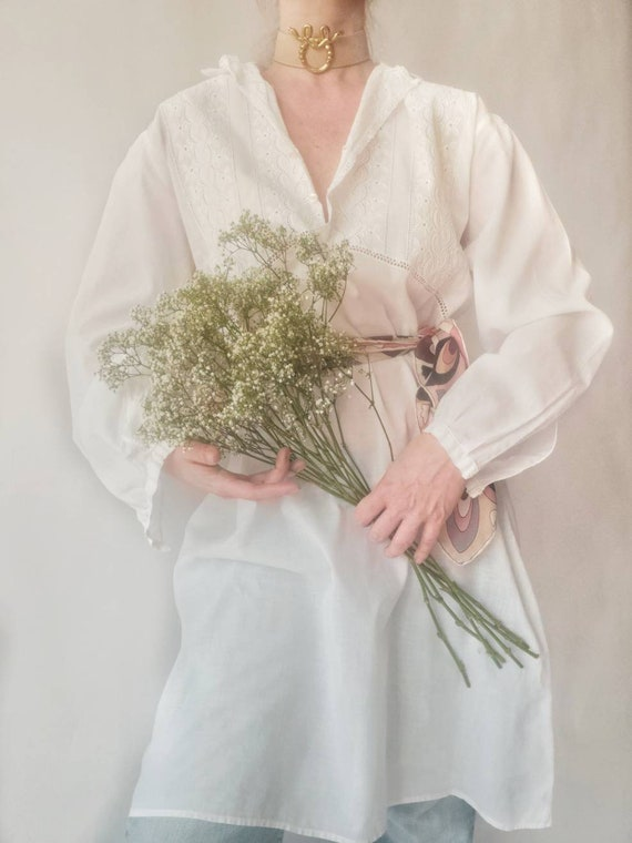 Vintage White Cotton Nightgown ~ Made in Italy