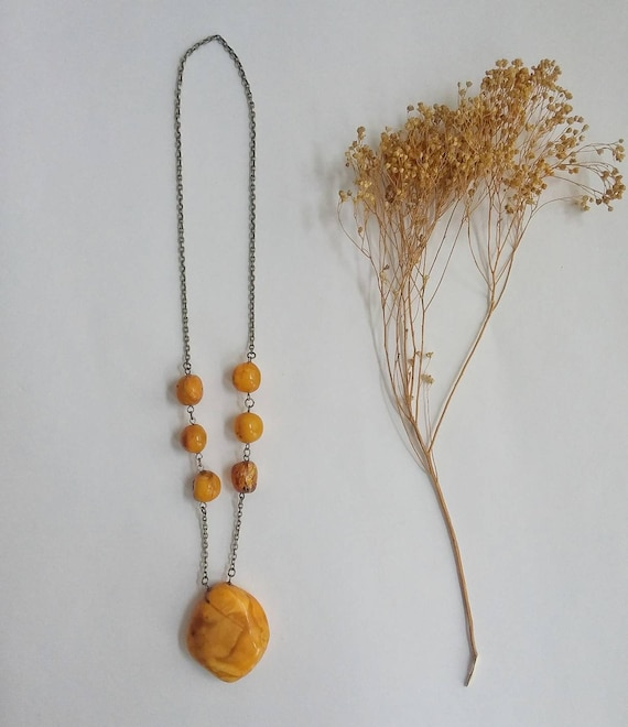 Vintage 70s Yellow Stone Necklace