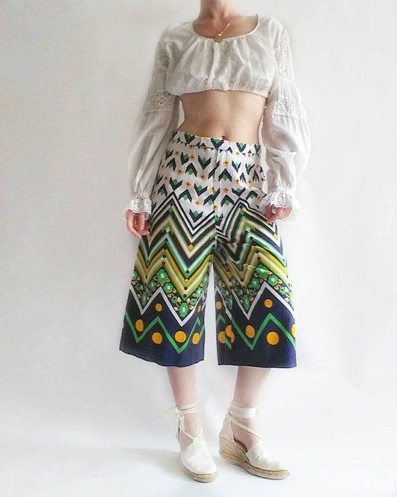 Vintage 70s Culottes Pants ~ Printed Cotton Linen Cropped Pants ~ Palazzo Trousers