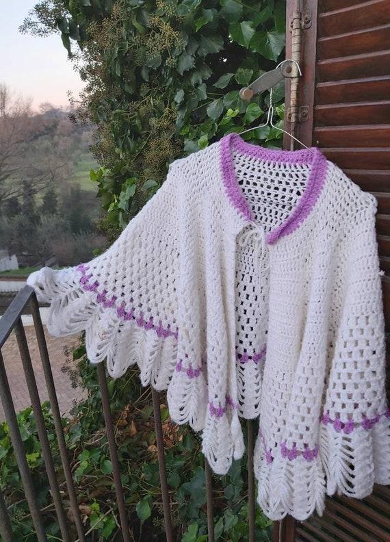 Vintage 70s Crochet Cape