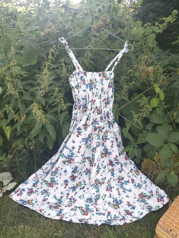 Vintage Floral Dress with Spaghetti Straps