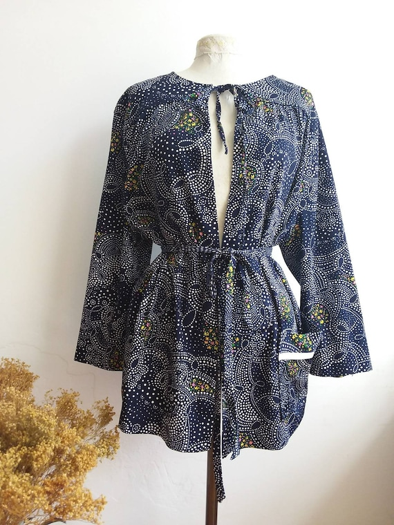 Vintage 70s Kimono Belted Blouse ~ Psychedelic Floral Print ~ Hippie Bohemian Style