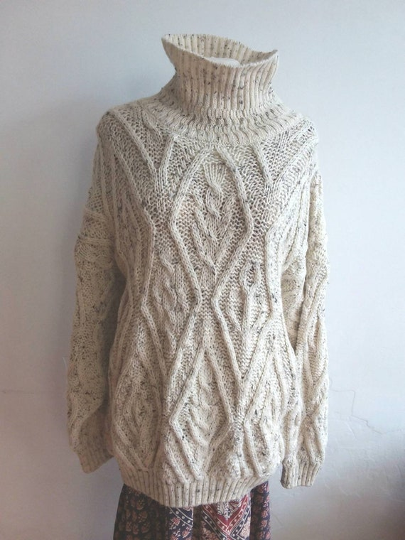 Salt and Pepper Vintage White Knit ~ Pure New Wool Sweater with Turtle Neck