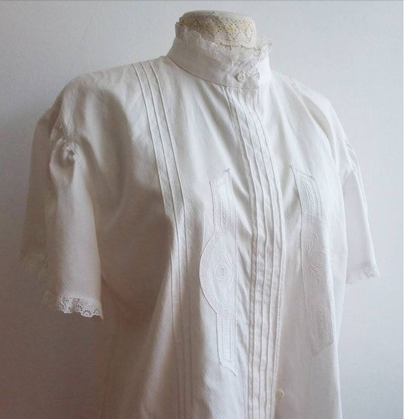 Vintage 70s Embroidered White Cotton Blouse with Puffy Sleeves ~ Jane Birkin Style ~ Made in Tyrol