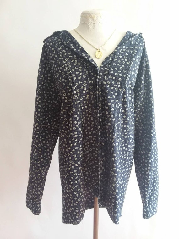 Vintage 70s/80s Liberty Blouse ~ Navy Blue Floral Shirt in Cotton