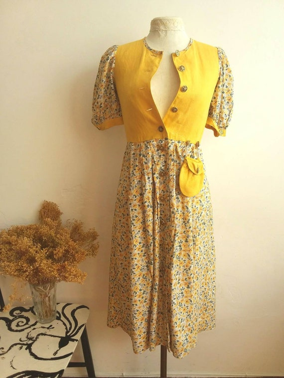 Vintage Dirdl Dress with Yellow Floral Pattern ~ Tyrolean Folk Style