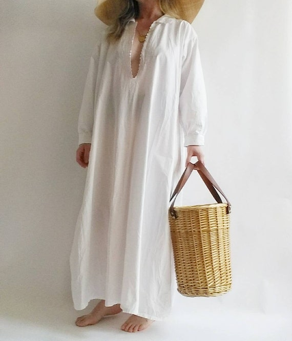 Antique White Cotton Dress ~ Handmade in Italy ~ with Embroidery and Eyelet Lace ~ Bohemian Style