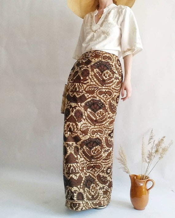 Vintage 70s Batik Skirt ~ Handmade in Africa