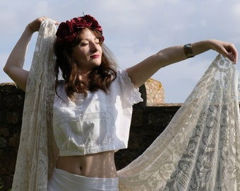 Antique 1910 Italian Camisole ~ White Cotton Vintage Top~ Handmade Lace and Cotton ~ Bohemian Victorian Edwardian Style