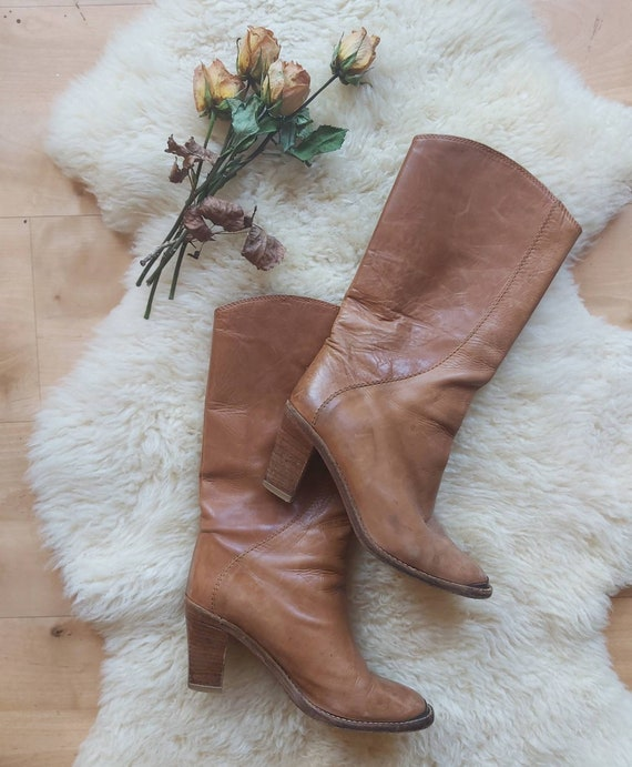 Vintage 70s Leather Boots ~ Size 39