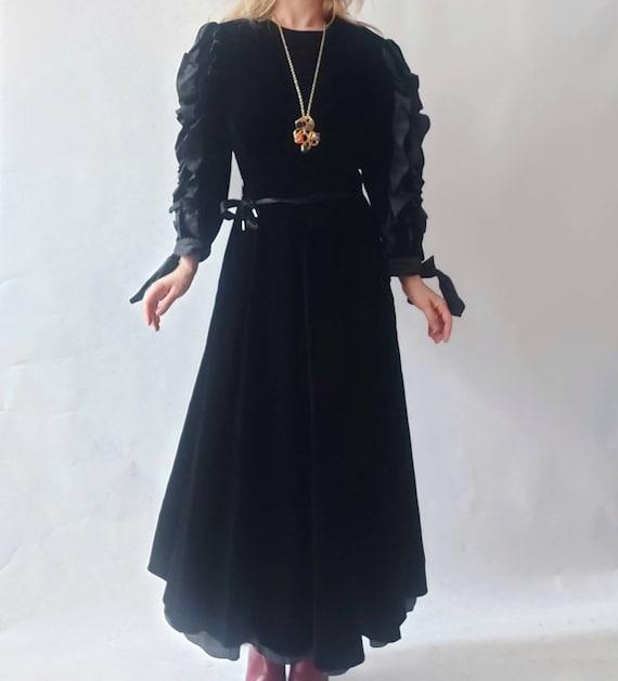 Vintage Louis Feraud Velvet Dress with ruffled balloon sleeves