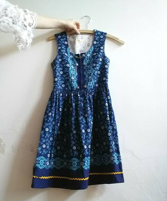 Vintage 60s Dirndl Dress for Kids ~ Cotton Floral Dress ~ Folk Style