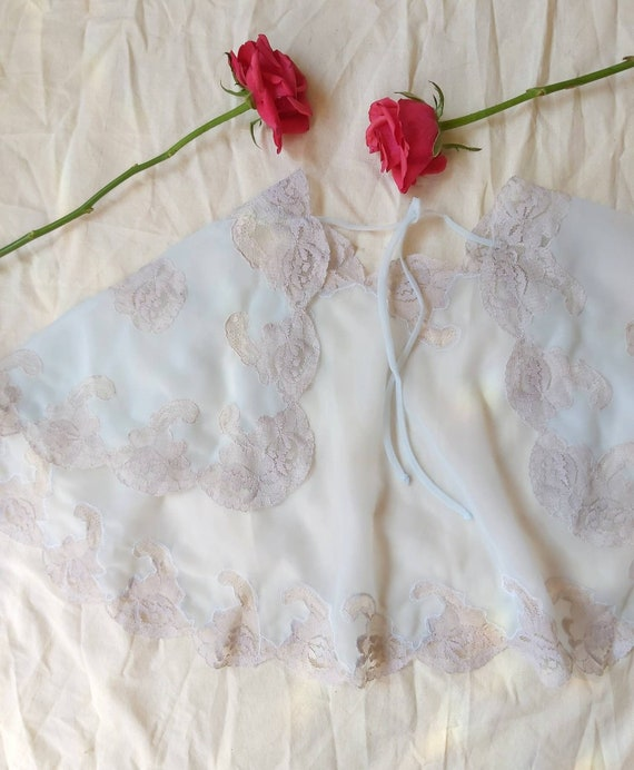 Vintage 70s Lace Capelet ~ Liseuse in Baby Blue