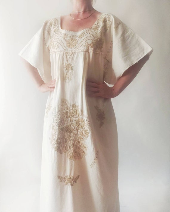 Vintage 70s Embroidered Kaftan Dress ~ Made in Mexico