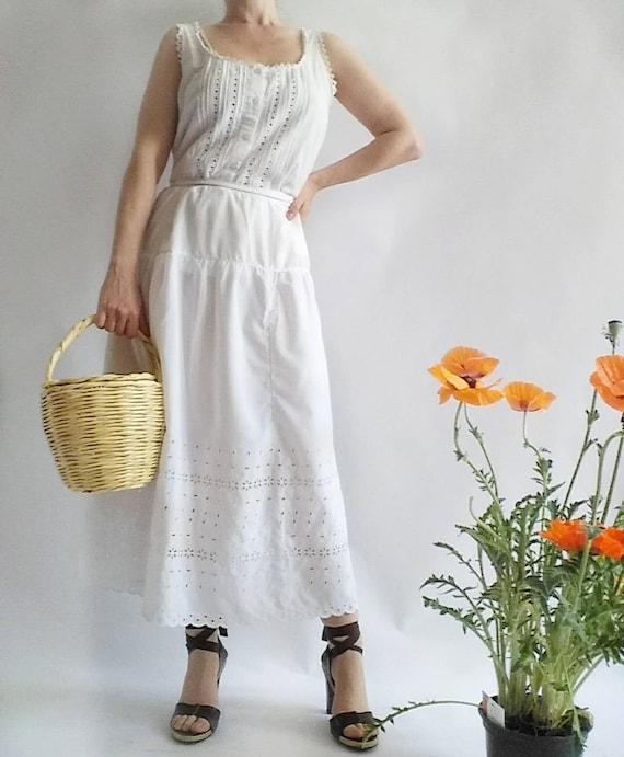 Vintage White Cotton Eyelet Dress ~ Two pieces Corset and Skirt
