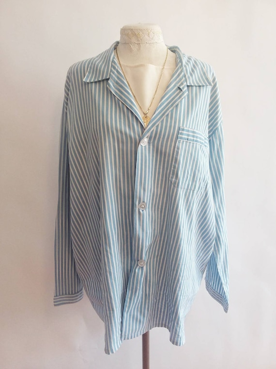 Vintage 50s/60s White and Blue Stripped Blouse ~ Cotton