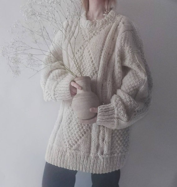 Vintage 80s White Handknitted Sweater in Pure Wool