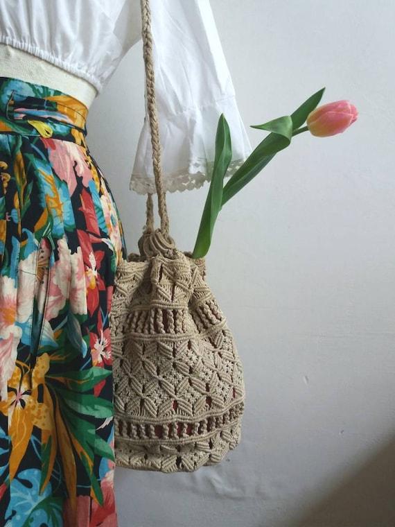 Antique 800/900 Macrame Rope Bag ~Vintage bucket bag in macrame crochet ~ Habdmade ~ Original Victorian Bag ~ Bohemian Style