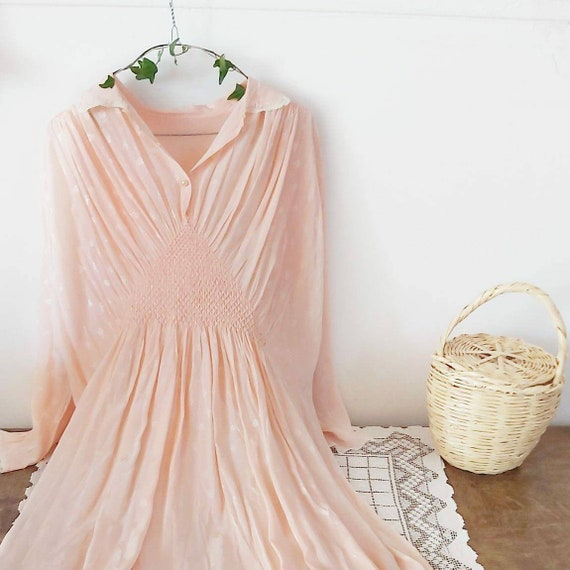 Vintage 1940s Night Gown in Pink Satin