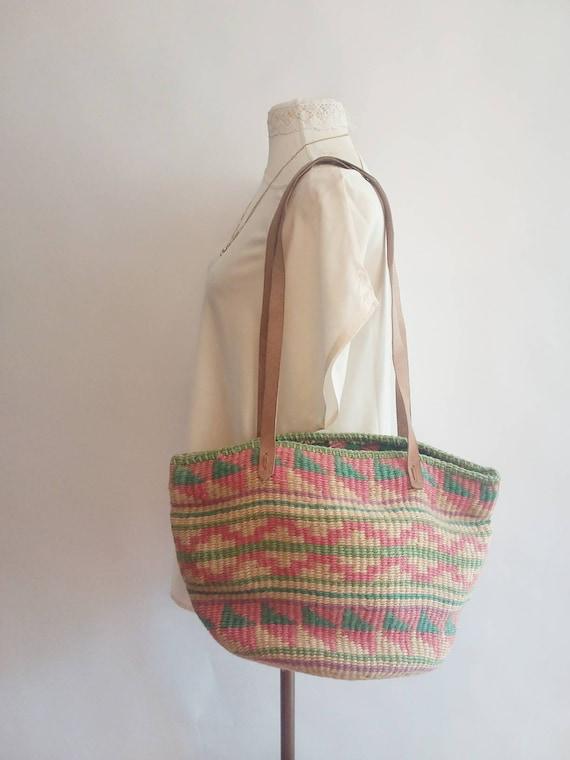 Vintage 70s Sisal Bag ~ Hand Woven Straw Bag ~ Hippie Boho Style