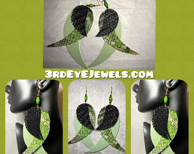 Exotic Bird Feather/ Angel Wings