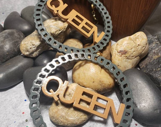 Hand painted Queen Earrings:  pavement gray and caramel