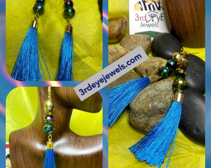 Handmade:  Pretty Blue Jazzy Tassel Earrings
