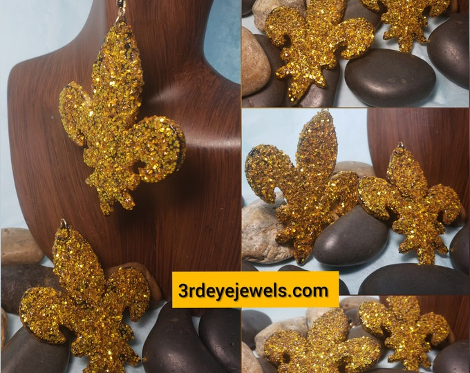 Hand Painted Gold Bling Fleur de lis Earrings