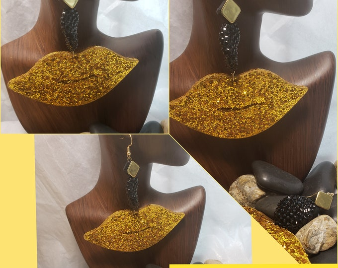 Gold Blinged Out Lips Earrings
