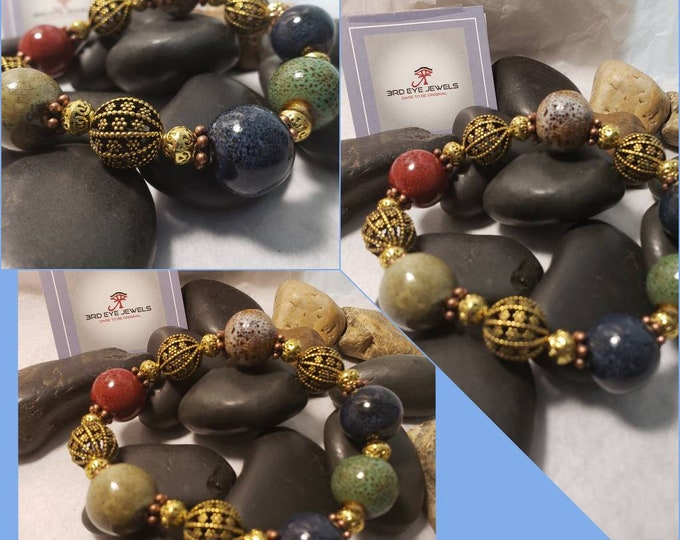 Ladies Retro Glass Bead with Antique Accents Stretch Bracelet