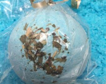 Poseidon BATH BOMB set fresh RAIN w/ dried periwinkle