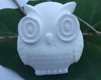 """""""Naked Owl"""" - Unscented Bath Bomb"""