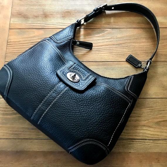 PEBBLEVintage Leather Pebble Coach  bag, Authentic