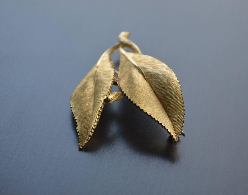 Leaf Brooch Vintage B.S.K Gold Tone Pin Vintage Jewelry