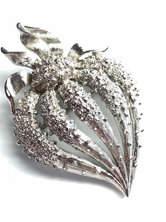 Monet Brooch, Silver Strawberry, Riveted Strawberr