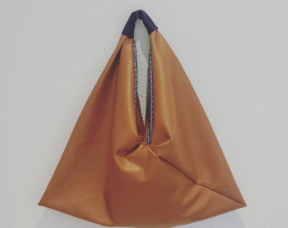 Camel leather handbag / Tote XXL