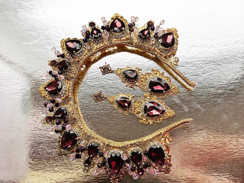 Wedding Crown Rhinestone Tiara Bridal Hair Accessory Headpiece  d0d8e2dd7781