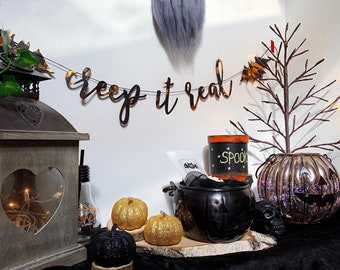 CREEP/BAT HALLOWEEN Set - Creep it real Foil Garland & Bat sh*t cray Wax Melt Collaboration Set