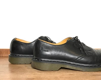 2be887f3f23 Doc martens size 10