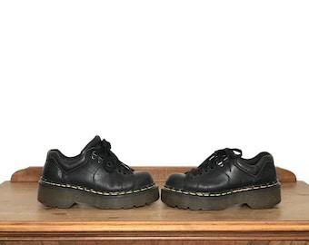 133575a8517 vintage platform dr martens UK3