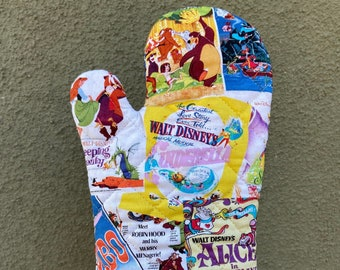 Oven mitt made with classic cartoon poster fabric, kitchen decor