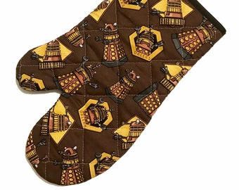 Oven mitt made with Dalek fabric