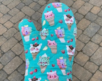 Ice Cream Kitties Oven Mitt