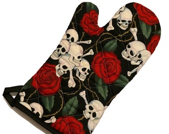 Skulls and Roses Oven Mitt