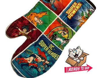 Oven mitt made with Justice League Characters fabric